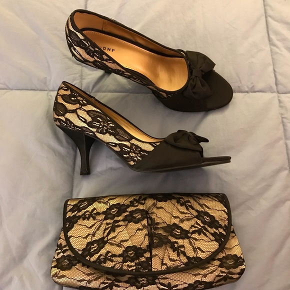Evening bag and matching shoes